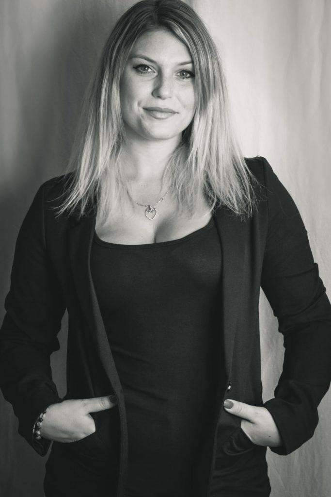 Writing Empire - Sina-Aline Meyer